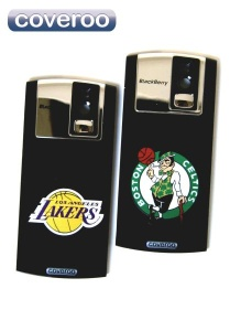 Coveroo personalizes cell phone covers with basketball all-stars.
